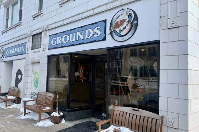 COMMON GROUNDS owned by Bobbi Niles Duczak '67